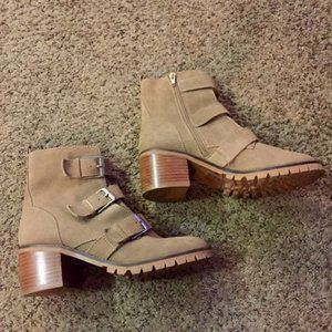 Crown Vintage Asisa Buckle Bootie Sz 8 Gently Used